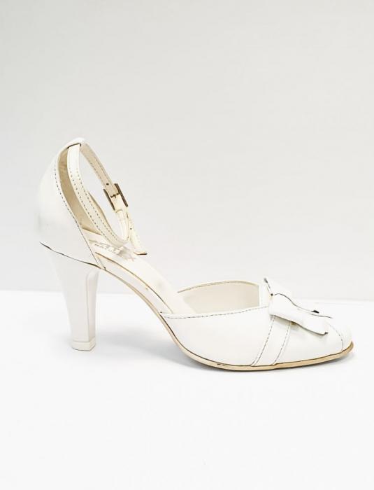 Pantofi Dama Piele Naturala Albi Erma D02689 1