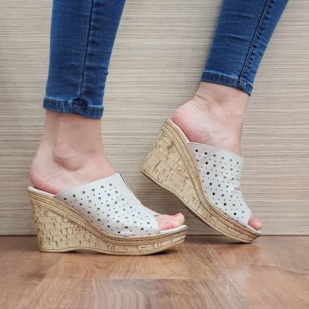 Papuci Piele Naturala Bej Naida D02361 [0]