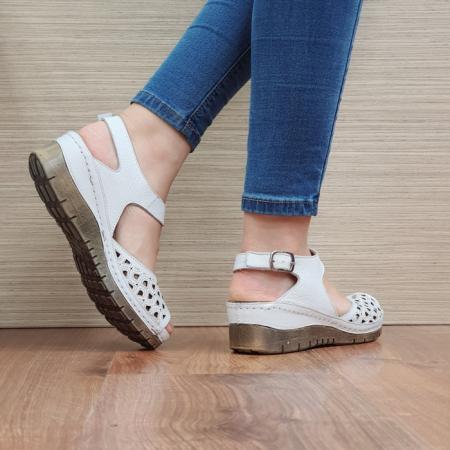 Sandale Dama Piele Naturala Albe Xenia D024403