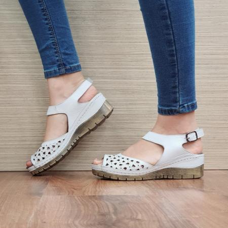 Sandale Dama Piele Naturala Albe Xenia D024401