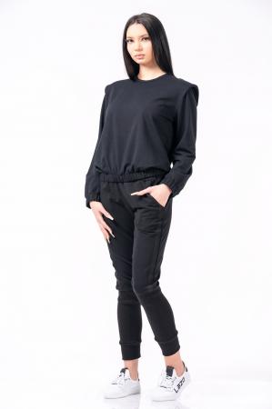 Bluză cu pernițe la umeri, neagra2