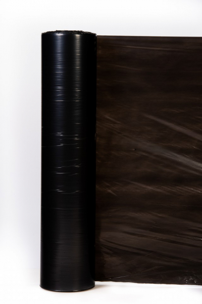 folie-mulcire-neagră-sol-grosime-15-µ 0