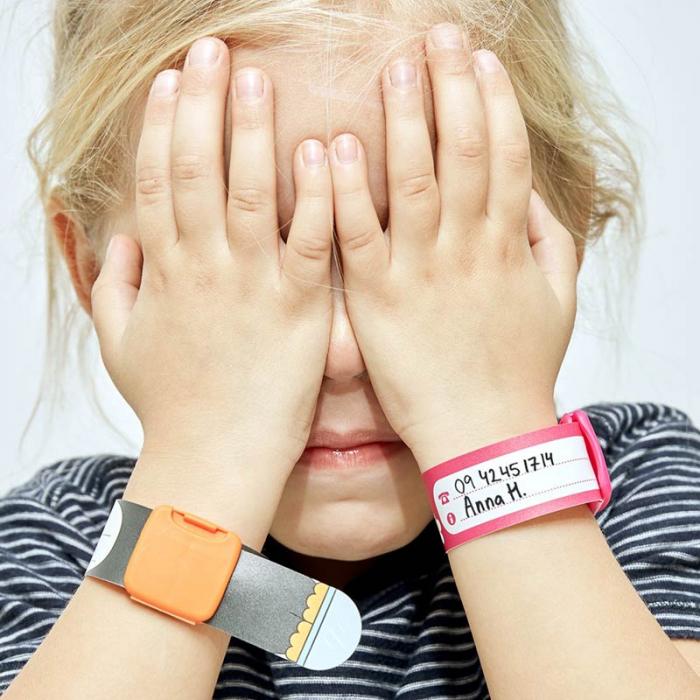 Brățară refolosibilă de identificare pentru copii Infoband - Cu coroană roz 2
