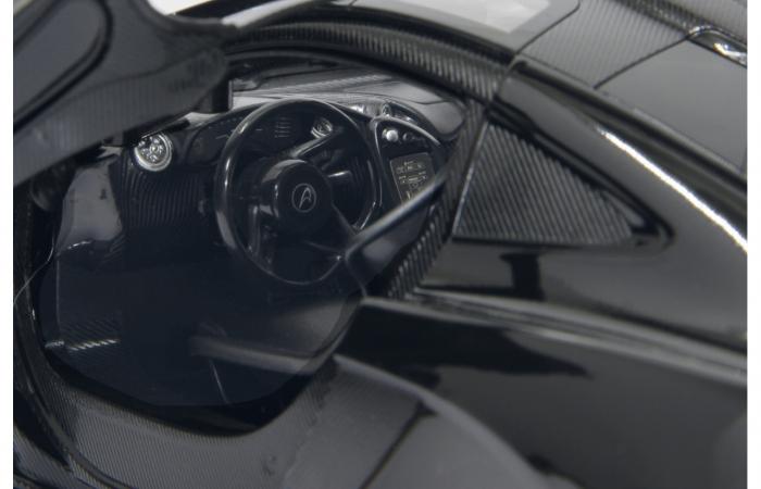 Masină cu telecomandă McLaren P1 1:14, Jamara 405093 5
