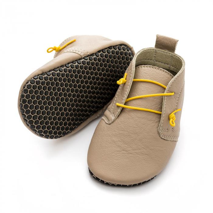 Pantofi cu talpă moale Liliputi cu crampoane antialunecare - Urban Latte 0