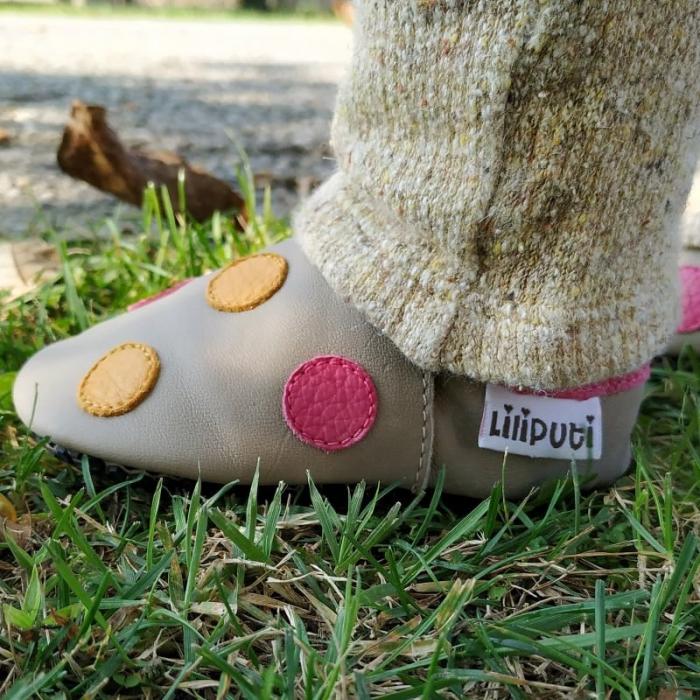 Pantofi cu talpă moale Liliputi cu crampoane antialunecare - Polka Dots Pink 3