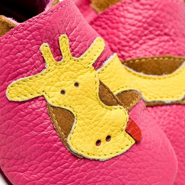 Pantofi cu talpă moale Liliputi® - Fuchsia Giraffe 1