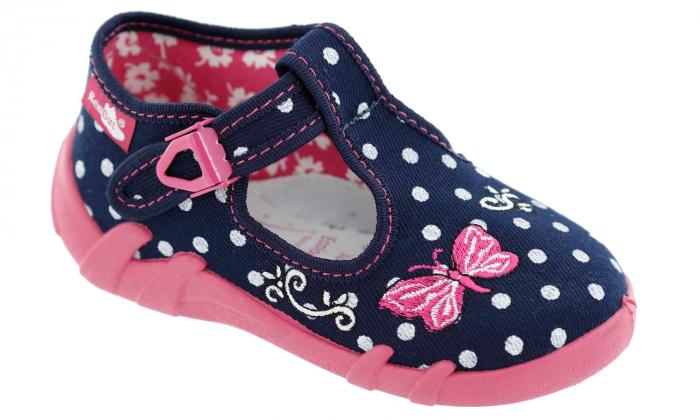 Pantofi fete cu bulinuțe albe și fluturaș brodat (cu cataramă), din material textil 1