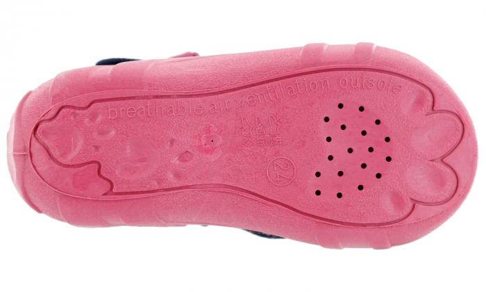 Pantofi fete cu bulinuțe albe și fluturaș brodat (cu cataramă), din material textil 6