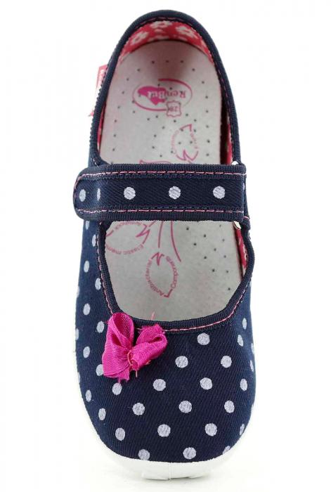 Papucei fete bleumarin cu bulinute albe si fundita roz (cu scai), din material textil 4