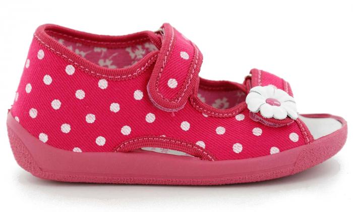 Sandal fete cu bulinute albe si floricel (cu scai), din material textil 2