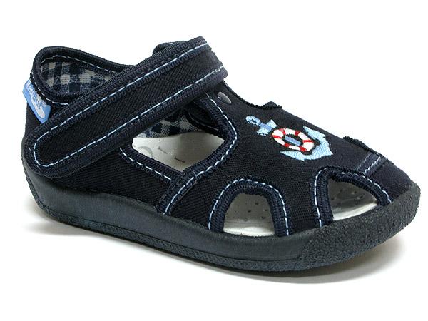 Sandale baieti cu ancora brodata (cu scai), din material textil 0