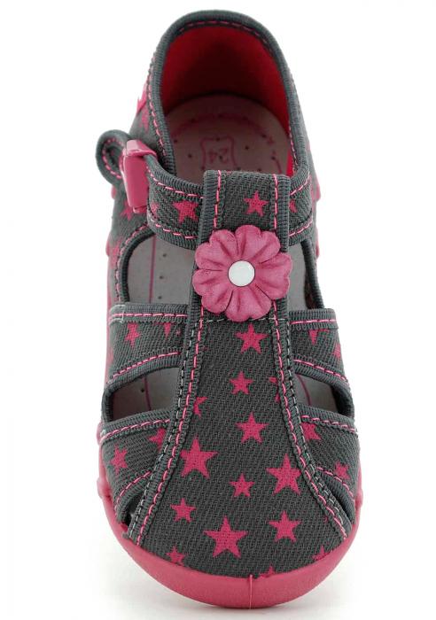 Sandale fete cu floricel si stelute (cu catarama), din material textil 4