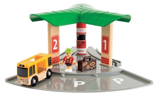 Set de transport de persoane, cu stație de autobuz, Brio 33627 6