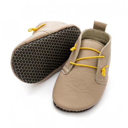 Pantofi cu talpă moale Liliputi cu crampoane antialunecare - Urban Latte0