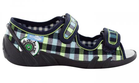 Sandale baieti in carouri colorate (cu scai), din material textil2