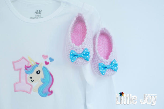 Set Body Brodat Unicorn + botoșei croșetați 3