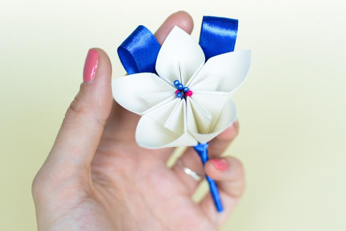 Cocardă nuntă 1 floare hârtie - Diverse culori 2