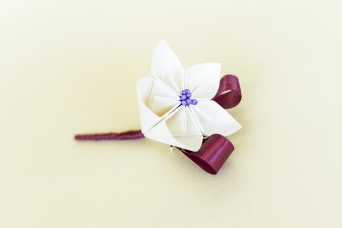 Cocardă nuntă 1 floare hârtie - Diverse culori 1