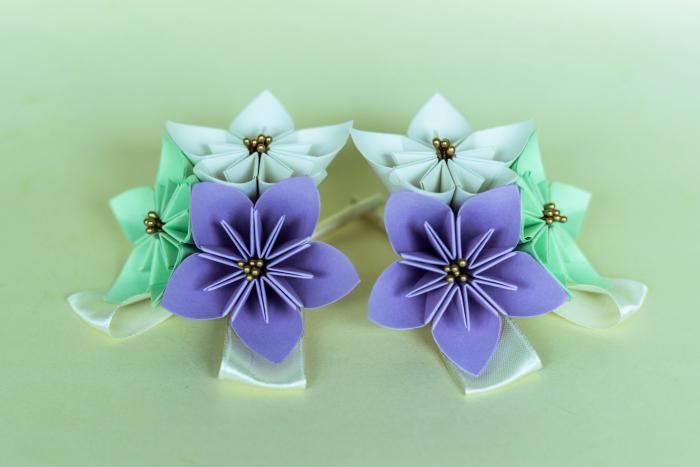 Cocardă nuntă - 3 flori hârtie - Diverse culori 0