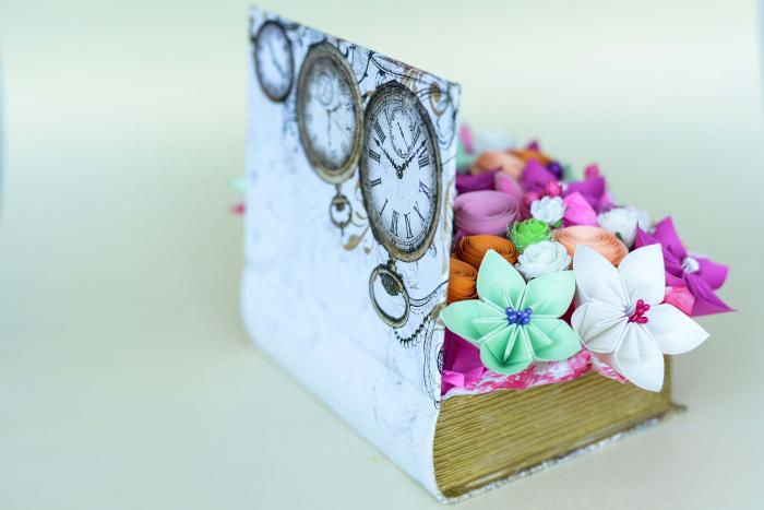 Cutie carte - Flori hârtie 2