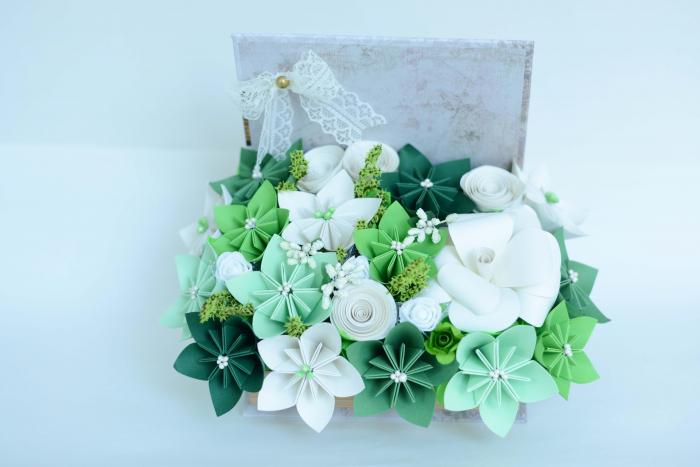 Cutie carte - Flori hârtie 0