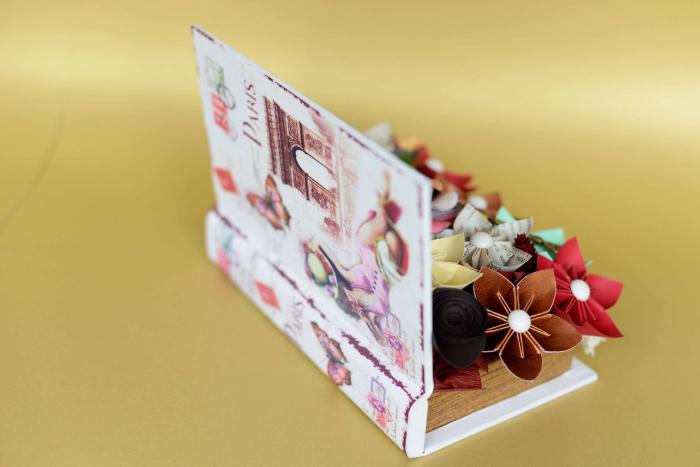 Cutie carte - Flori hârtie 3