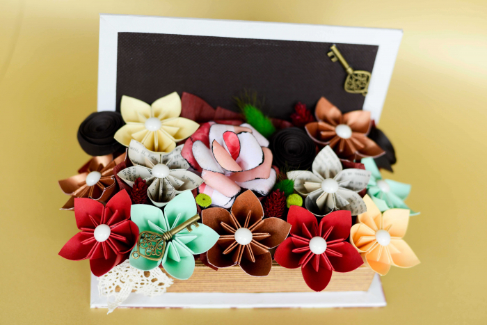 Cutie carte - Flori hârtie 1
