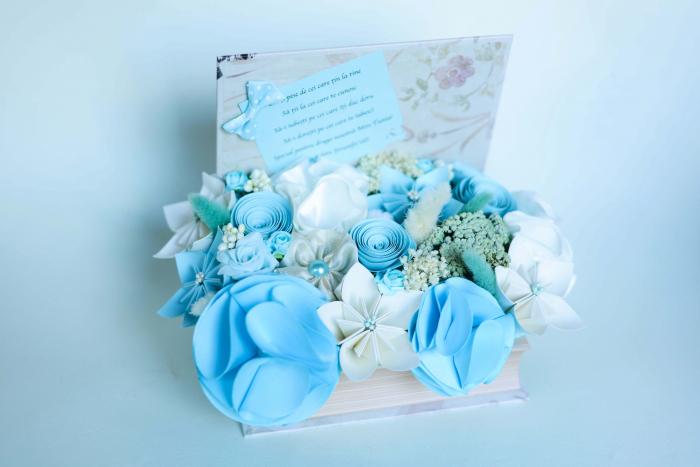 Cutie carte - Flori hârtie/ Flori textile 0