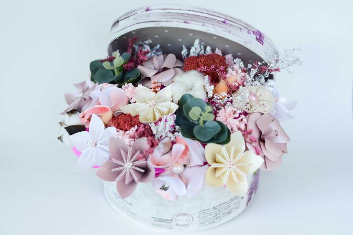 Cutie - Flori hârtie 0