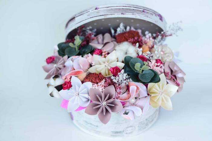 Cutie - Flori hârtie 3