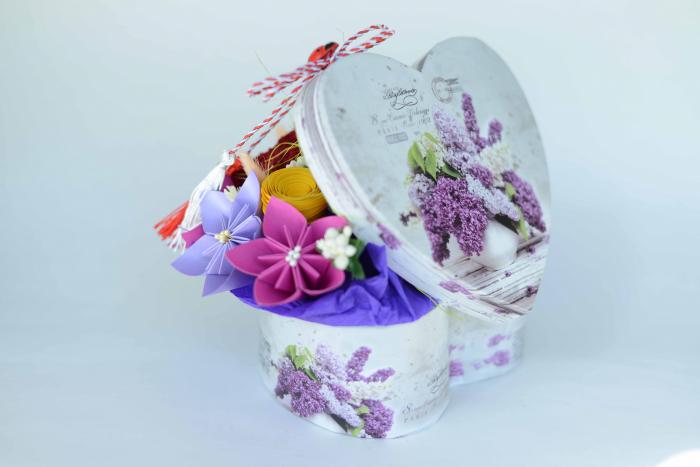 Cutie Inimă - Flori hârtie 1