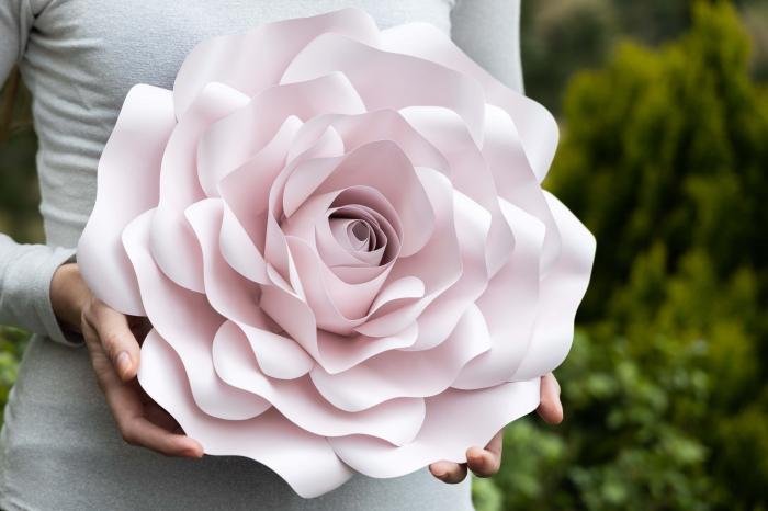 Floare model Rose M - 32 cm 0