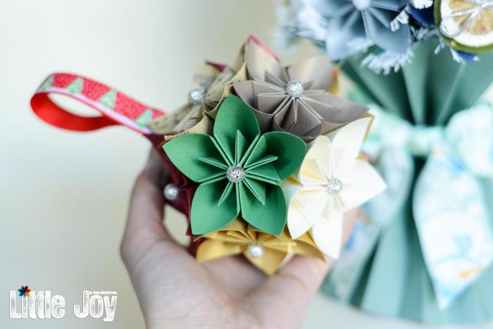 Glob Crăciun - Flori hârtie 0