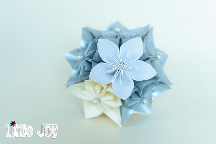 Glob Crăciun - Flori hârtie 1