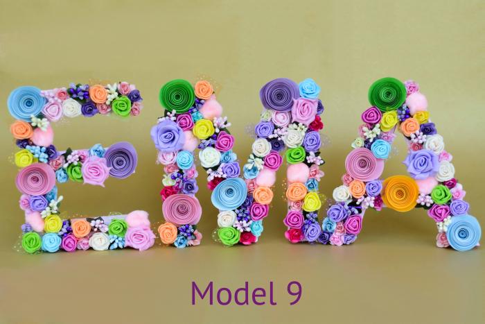 Litere decorate - Fetițe 8
