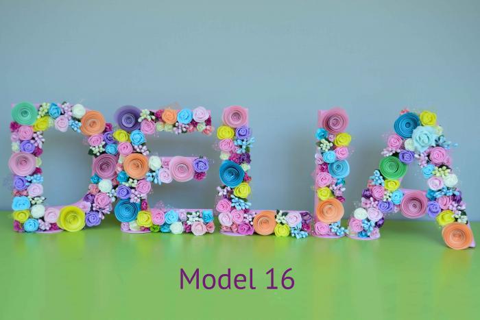 Litere decorate - Fetițe 15