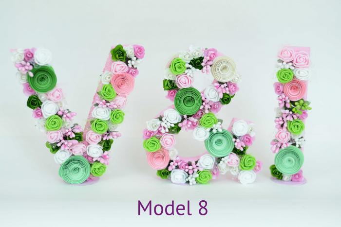 Litere decorate - Fetițe 7