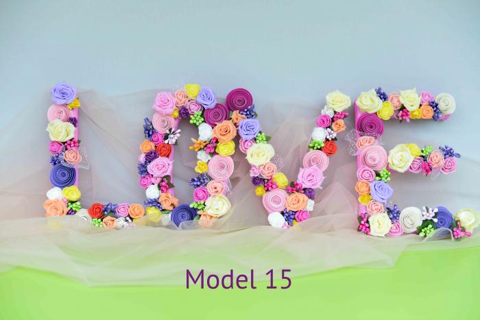 Litere decorate - Fetițe 14