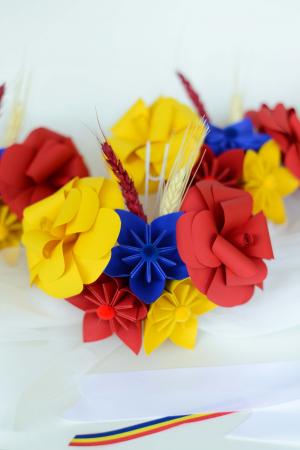 Aranjament cristelniță Tricolor1