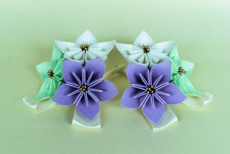 Cocardă nuntă - 3 flori hârtie - Diverse culori0