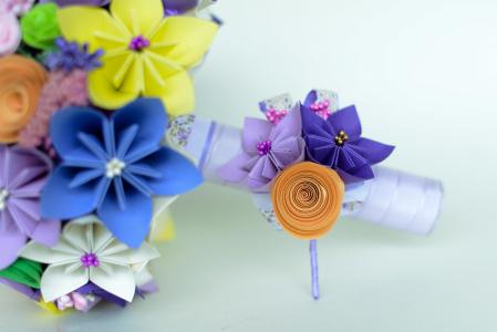 Cocardă nuntă - 3 flori hârtie - Diverse culori1