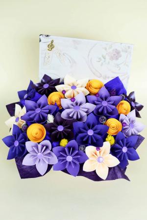 Cutie carte - Flori hârtie2