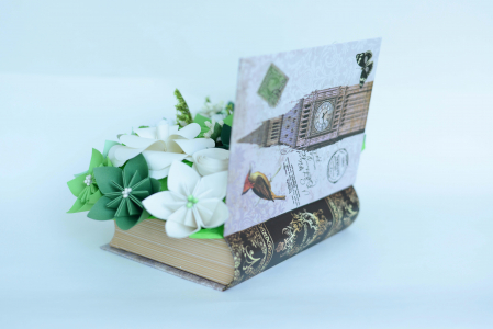 Cutie carte - Flori hârtie1