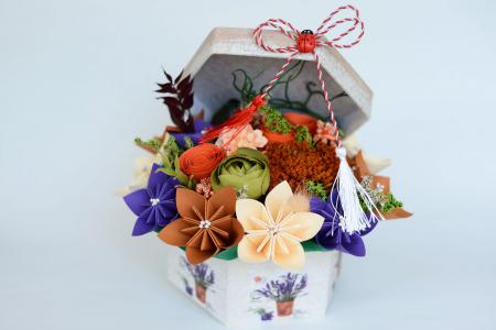Cutie - Flori hârtie0