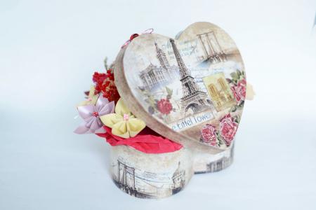 Cutie Inimă - Flori hârtie1
