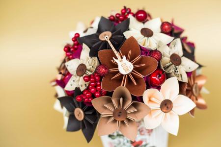 Decorațiune - Ghiveci flori hârtie1