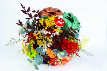 Decorațiune Vază - flori hârtie3