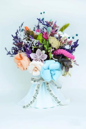 Decorațiune Vază - flori hârtie0