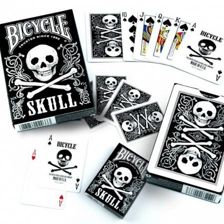 Pachet de carti Bicycle SKULL3